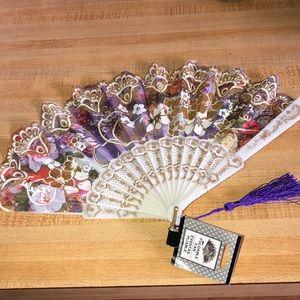 NWT Lace Floral Folding Fan